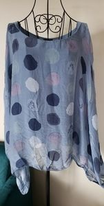 Silk Lagan look Italian flowy fit circle print top
